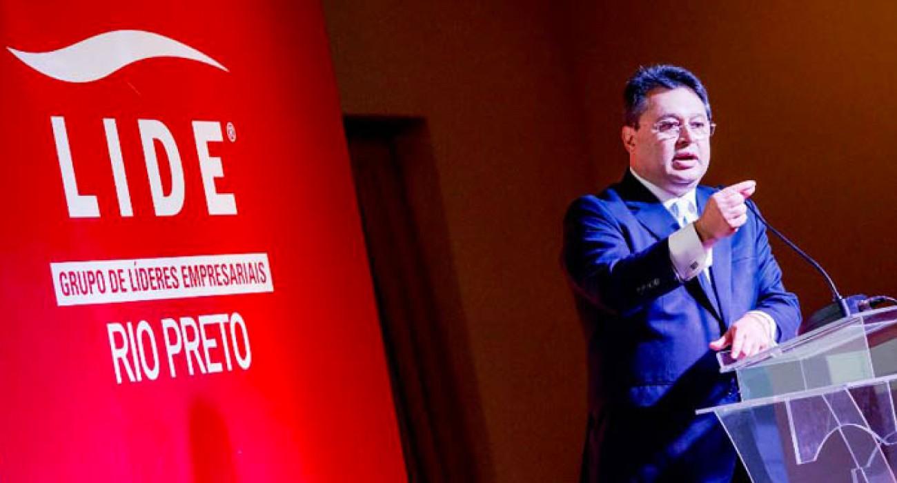 Constructoras brasileñas se instalarán en el país